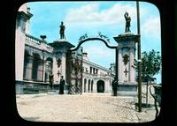 Entrance to Chapultepec castle