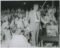 Huey Long campaigning for Governor