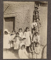 Unidentified group portrait of children