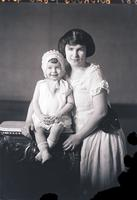 Buidroug, Mrs. and daughter