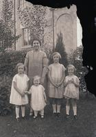 Hackett, Mrs. Allan and children