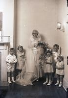 Riley bride and children