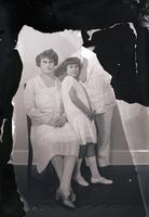 Unidentified-Group (mother, father and daughter) 1-510