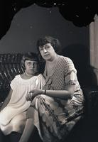 Unidentified-Group (mother and child) 1-518