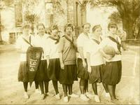 Newcomb College Basketball Team, 1914