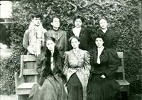 Newcomb College Students, 1906