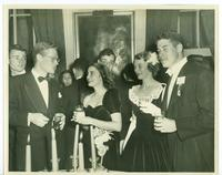 Tulane University and and Newcomb College students, 1946-12-26