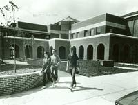 Newcomb College students, 1982