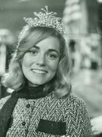 Newcomb College Homecoming Queen, Beverly Bennett