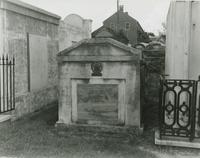 Dominique Yue Tomb, St. Louis Cemetery No. 2