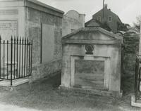 Dominique Yue Tomb, St. Louis Cemetery No. 4